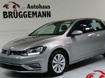 gebraucht VW Golf VII 1,5 TSI ACT BMT OPF DSG COMFORTLINE NAV