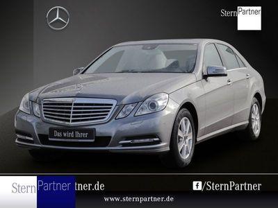 gebraucht Mercedes E200 Lim. Elegance+Navi+Bi-Xenon ILS+SHD