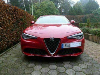 gebraucht Alfa Romeo Giulia 2.0 Turbo 16V AT8 als Limousine in Essen