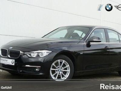 gebraucht BMW 320 d A Lim Navi,LED,GSD,KlimaA uvvm