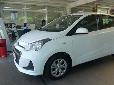 gebraucht Hyundai i10 FL1.0 BENZIN M/T BLUETREND SICHERHEITS-PAKET. AUD