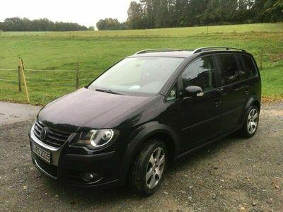 gebraucht VW Touran Cross VW1.6 ,AHK Winterreifen un...