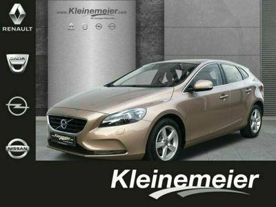 gebraucht Volvo V40 Momentum T3 SZH