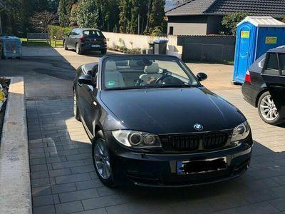 gebraucht BMW 125 Cabriolet i schwarz, Bi-Xenon, Sitzheizung