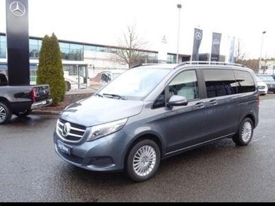 używany Mercedes V250 ED 4MATIC+COM+DISTR+LED+AHK2,5TO+EL.TÜR