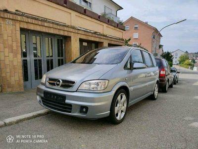 gebraucht Opel Zafira 2.2 DTI Njoy mit Style-Paket/S...
