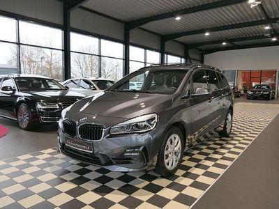 gebraucht BMW 220 i GranT Sport Line Led,Hud,Cam,DrvAss,Navi+,7Sitze