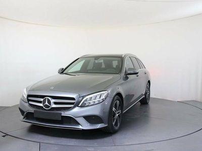 gebraucht Mercedes C220 d T 2.0 CDI 143kW 9-Gang Automatik 5 Sitze 4 Türen