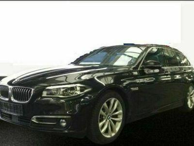 gebraucht BMW 550 i Touring StepTronic*Panodach*Leder*Navi*LED