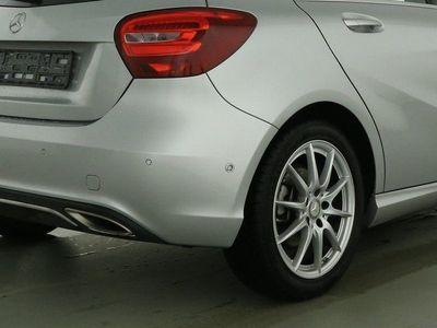 gebraucht Mercedes A180 Urban Garmin PTS SHZ 17 Zoll Licht & Sicht
