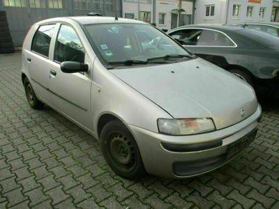 gebraucht Fiat Punto Lim. 1.2 8V Active/Euro4