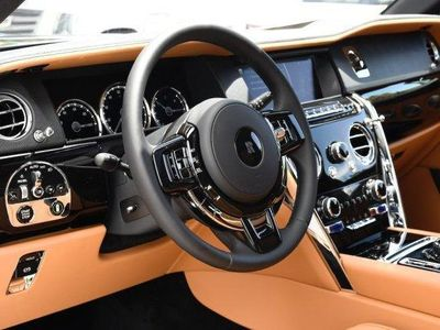 gebraucht Rolls Royce Cullinan Grundausstattung