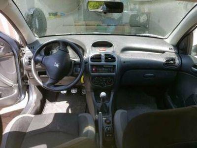 käytetty Peugeot 206 mit Volltank