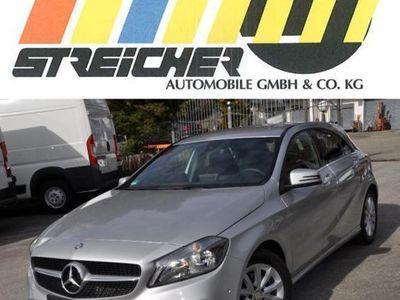 gebraucht Mercedes A180 BlueEF Style *Garmin*Rückfahrkamera*