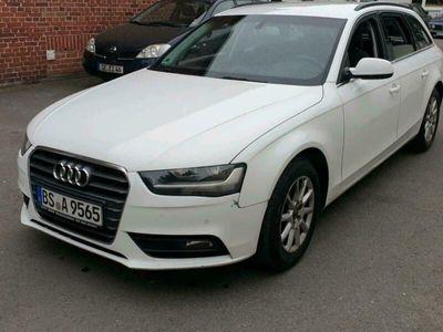 gebraucht Audi A4 2.0 TDI Automatik B8
