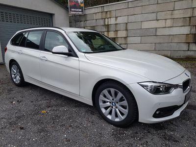 gebraucht BMW 320 d Touring Advantage *Navi*LED* nur 9.800 KM*