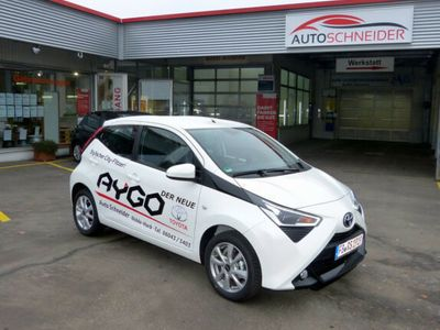 "gebraucht Toyota Aygo X-Play Connect ""Neues Modell"""