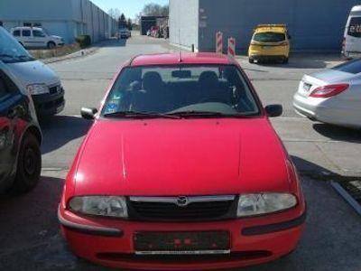 gebraucht Mazda 121 Grundausstattung