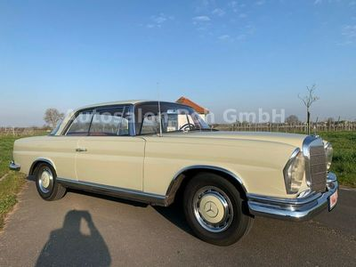 gebraucht Mercedes W111 SE Coupe,mit Schaltung, Org. Zustand als Sportwagen/Coupé in Neustadt