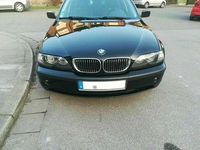 gebraucht BMW 330 d Touring - scheckheftg. Langstreckenläufer