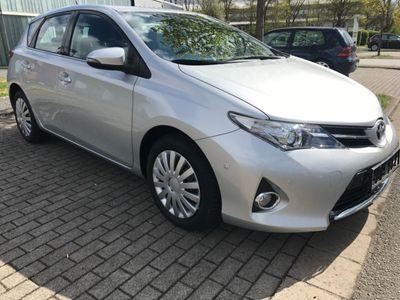 gebraucht Toyota Auris Life+ 1 HAND