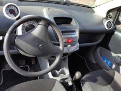 gebraucht Peugeot 107 Neuwertig! Erste HAND!Urban MOVE