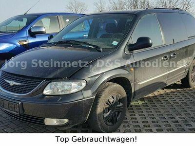 gebraucht Chrysler Grand Voyager 2.5 CRD Limited+Ahk/8fach bereift als Van/Kleinbus in Helbedündorf