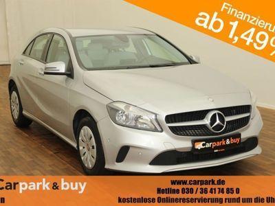 gebraucht Mercedes A180 Aktiv Parkassist|Navi|Sitzheizung|PDC|BT