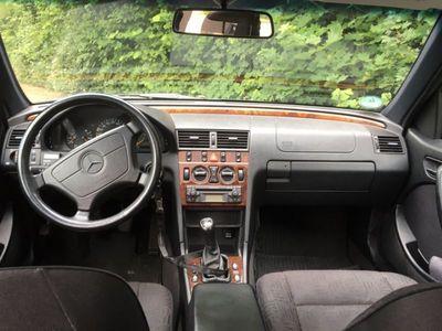 gebraucht Mercedes C180 T Elegance