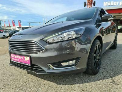 gebraucht Ford Focus Lim. Titanium NAVI LED SHZ Lenkradheizung