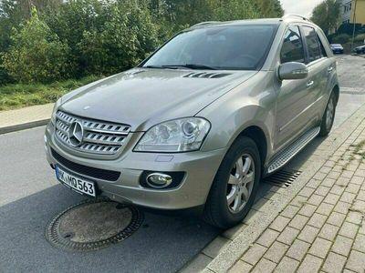 gebraucht Mercedes ML320 4 Matic AMG Paket