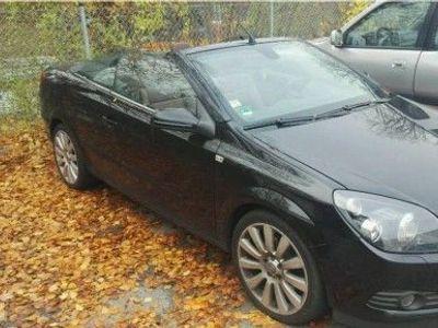 begagnad Opel Astra Cabriolet mit Defekt