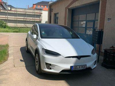 gebraucht Tesla Model X 90D SuC free 6-Sitzer als SUV/Geländewagen/Pickup in Dresden