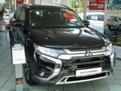 gebraucht Mitsubishi Outlander 2.0 2WD Diamant Edition bei Gebrachtwagen.expert