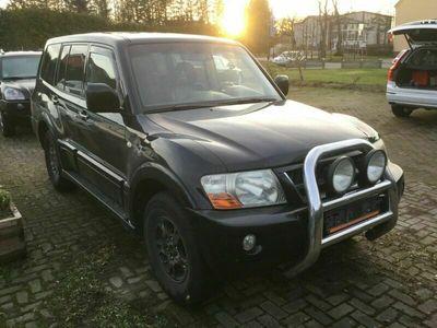 gebraucht Mitsubishi Pajero 3.2 DI-D Elegance als SUV/Geländewagen/Pickup in Kritzmov