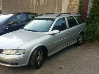 used Opel Vectra 1.6 16V Edition 2000