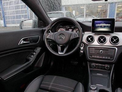 gebraucht Mercedes CLA220 Shooting Brake Shooting Brake CDI Urban (Xenon Parktron