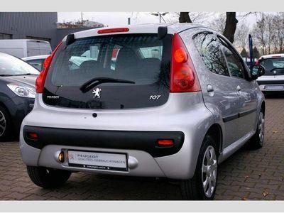 gebraucht Peugeot 107 70 Filou 5-trg. *Klima*