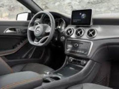 gebraucht Mercedes CLA250 Shooting Brake 7G-DCT Orange Art Edition