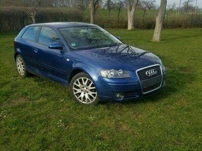 gebraucht Audi A3 1.4 TFSI Ambition Mauritiusblau Metallic als Limousine in Nienburg (Saale)
