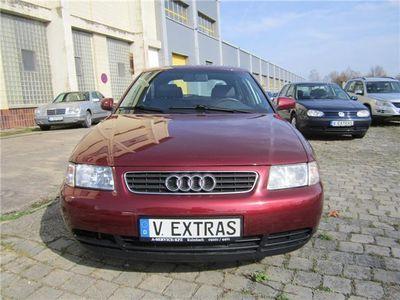 """gebraucht Audi A3 1.6 Attraction """" Sehr gepflegter Zustand ! """""""