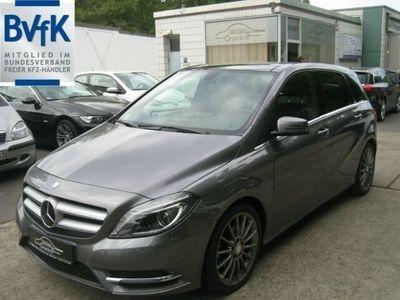 gebraucht Mercedes B200 CDI,AUTOMATIK,XENON,LEDER,PANORAM
