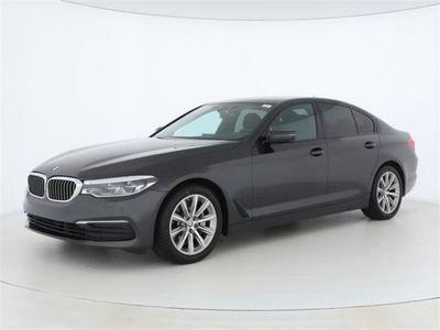 gebraucht BMW 530 d Limousine Aut.+Navi+HUD+AHK+LED+Alarm+CD+++