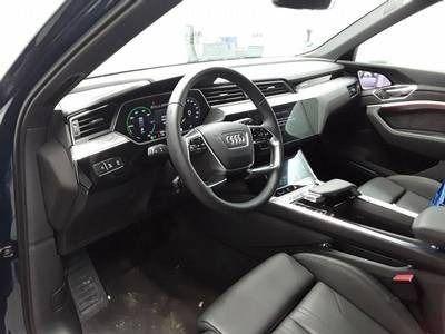 gebraucht Audi E-Tron eTronADVANCED 55 QUATTRO NP:107tEUR ACC.LEDER.