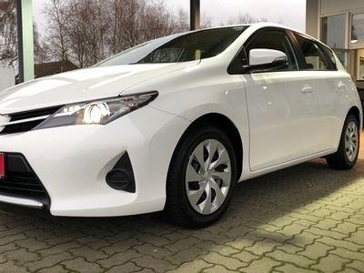 gebraucht Toyota Auris 1,33-l Cool*Klima*8-Fach Bereift*USB*Aux*