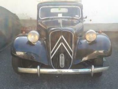 used Citroën Traction Avant 11CVGangster Scheunenfund