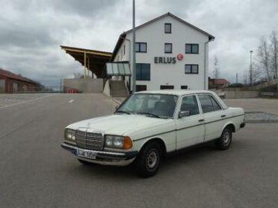 gebraucht Mercedes 240  W123,