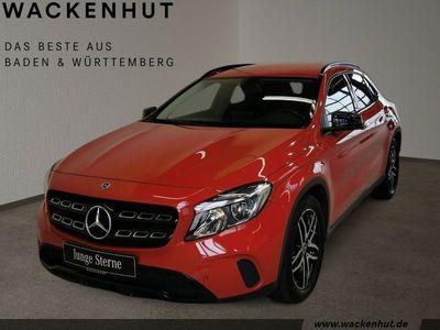 gebraucht Mercedes GLA180 d URBAN NIGHT+KAMERA+BUSINESS+NAVI+TEMPO