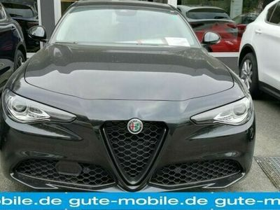 gebraucht Alfa Romeo Giulia 2.0 Turbo16V AT8 Lusso Ti umf Ausstattung