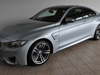 gebraucht BMW M4 Coupe M DKG Navi M Drivers Package PDC LM